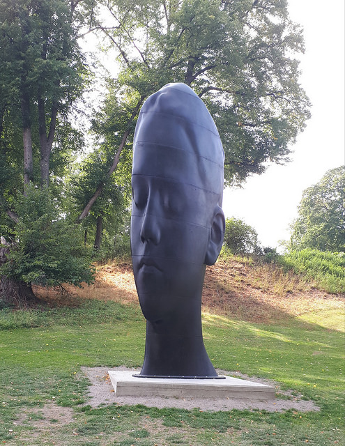 Jaume Plensa: Carlota. 2017. Cast iron.