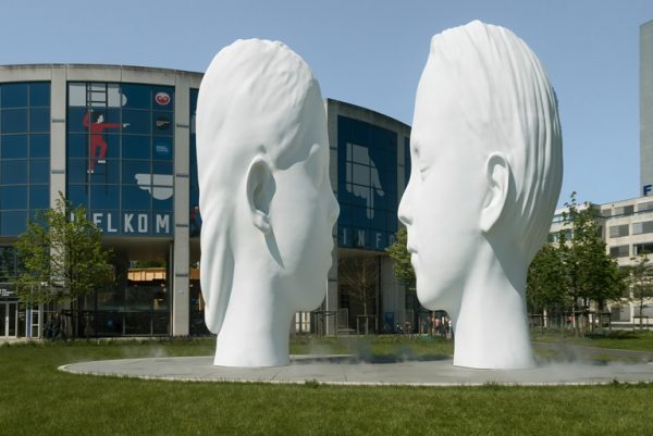jaume plensa - love fountain