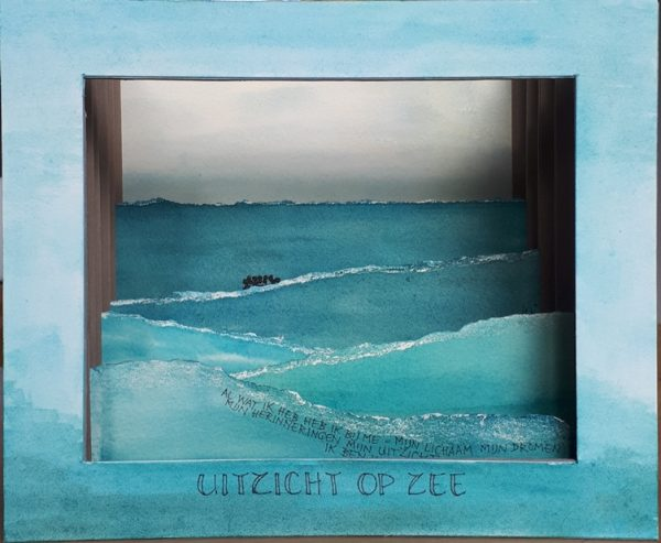 tunnelboek uitzicht op zee
